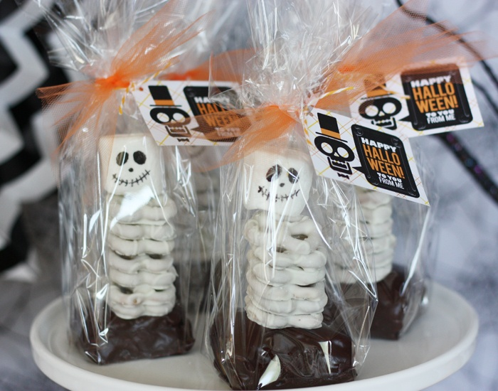 8 Great Halloween Snacks by The Everyday Home