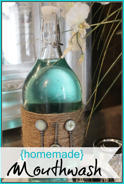Homemade Mouthwash by The Everyday Home #going green #organic #homemadeproducts