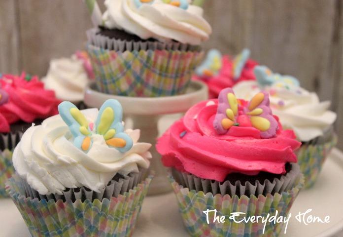 Bridal-cupcakes