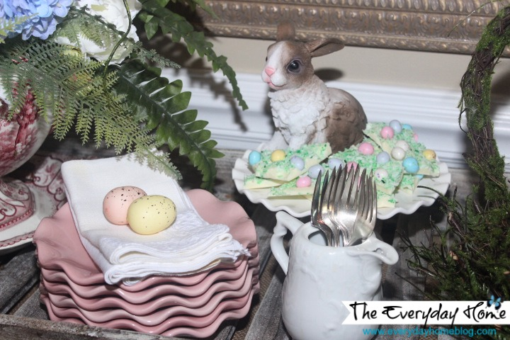 Spring Dessert Vignette by The Everyday Home #Spring #Easter #Vignette #Dessert #DollarTree #Pier1
