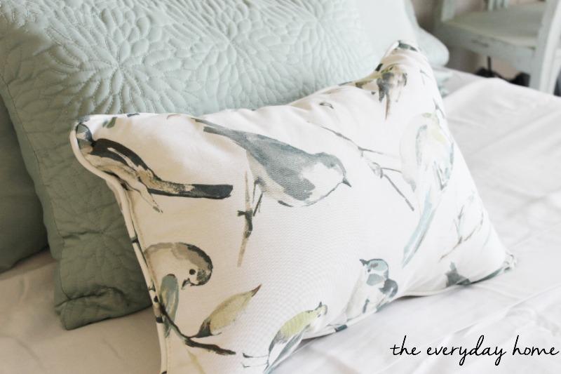 headboard-pillow