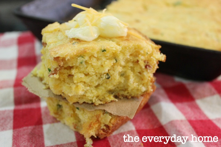 Bacon and Chees Southern Cornbread | The Everyday Home | www.everydayhomeblog.com