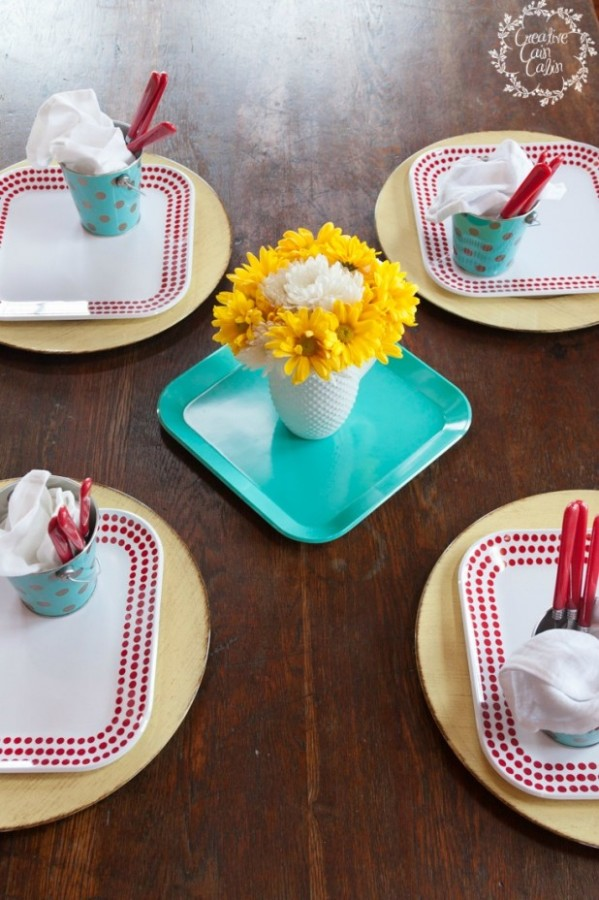 Melamine Placesetting by Creative Cain Cabin at The Everyday Home #guestpost