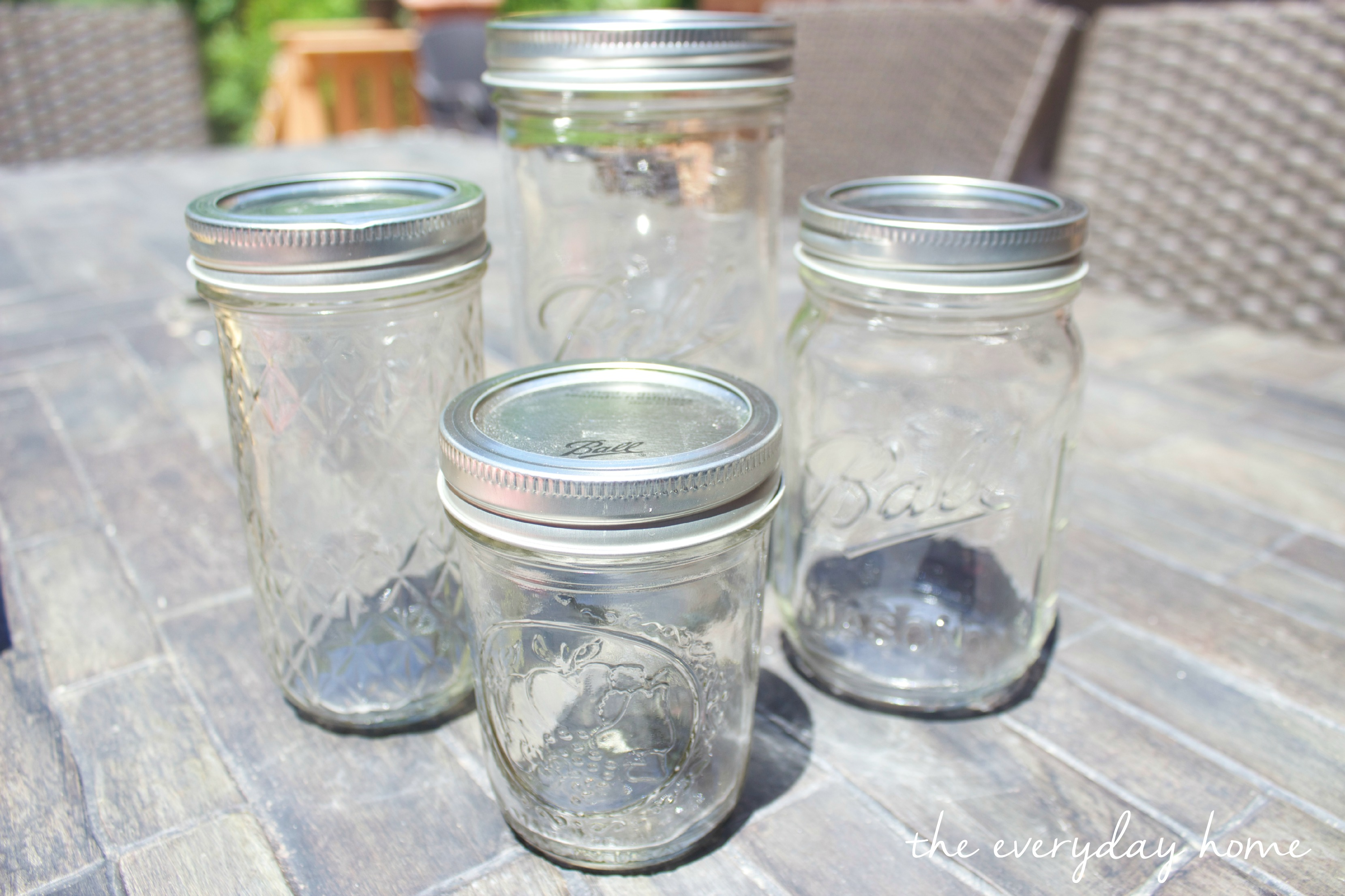 DIY Citronella Mason Jar Candles The Everyday Home Blog www.everydayhomeblog.com (2)