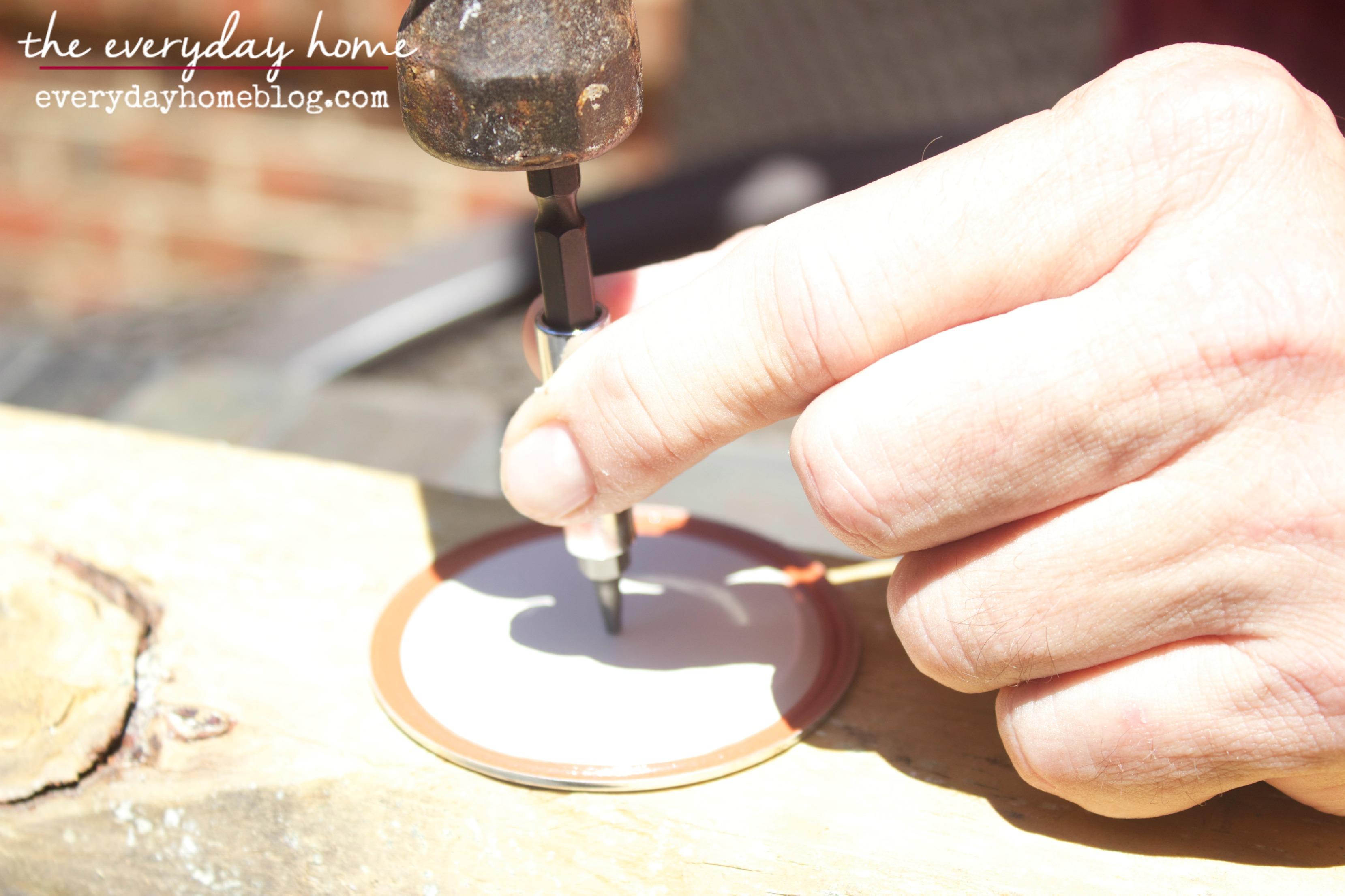 DIY Citronella Mason Jar Candles The Everyday Home Blog www.everydayhomeblog.com (3)
