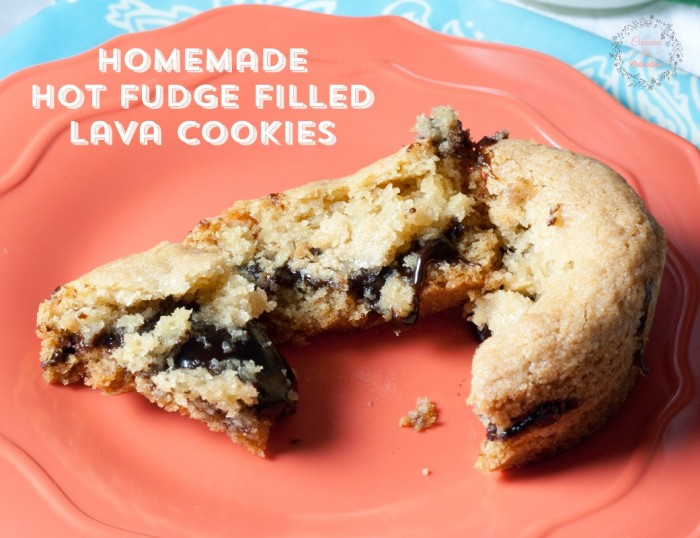 Homemade-Hot-Fudge-Filled-Lava-Cookies-from-cupcakesandcrinoline.com_-700x538