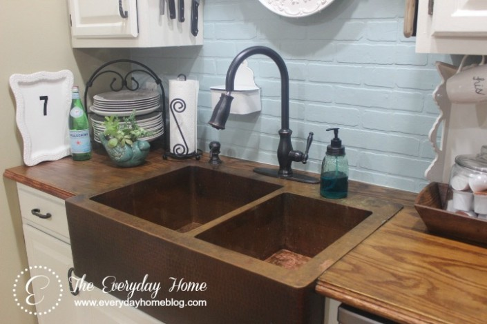 Farmhouse-Sink / The Everyday Home / www.everydayhomeblog.com