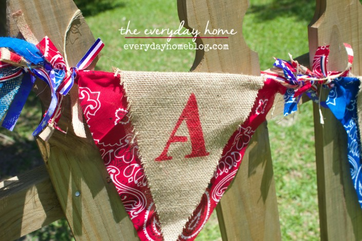 July 4th Burlap Banner  The Everyday Home  www.everydayhomeblog.com