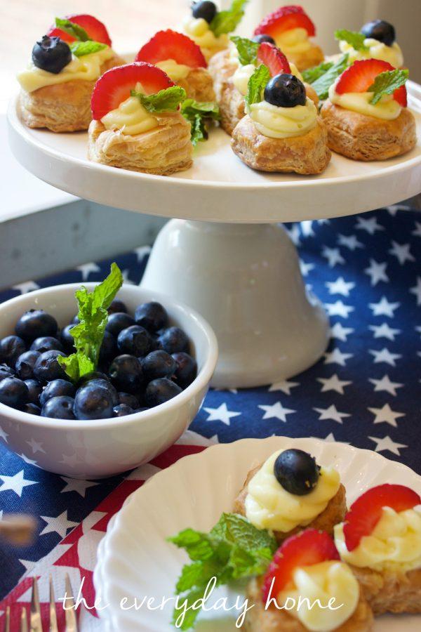 July 4th Desserts by The Everyday Home  www.everydayhomeblog.com