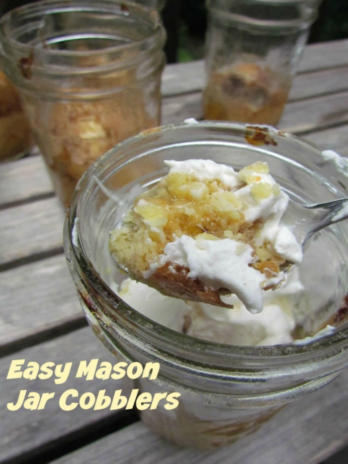 easy-mason-jar-cobbler