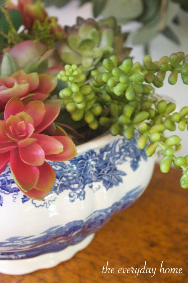 English Bowl of Succulents | The Everyday Home | www.everydayhomeblog.com