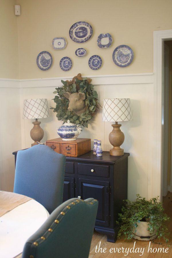 Farmhouse Breakfast Room | The Everyday Home | www.everydayhomeblog.com