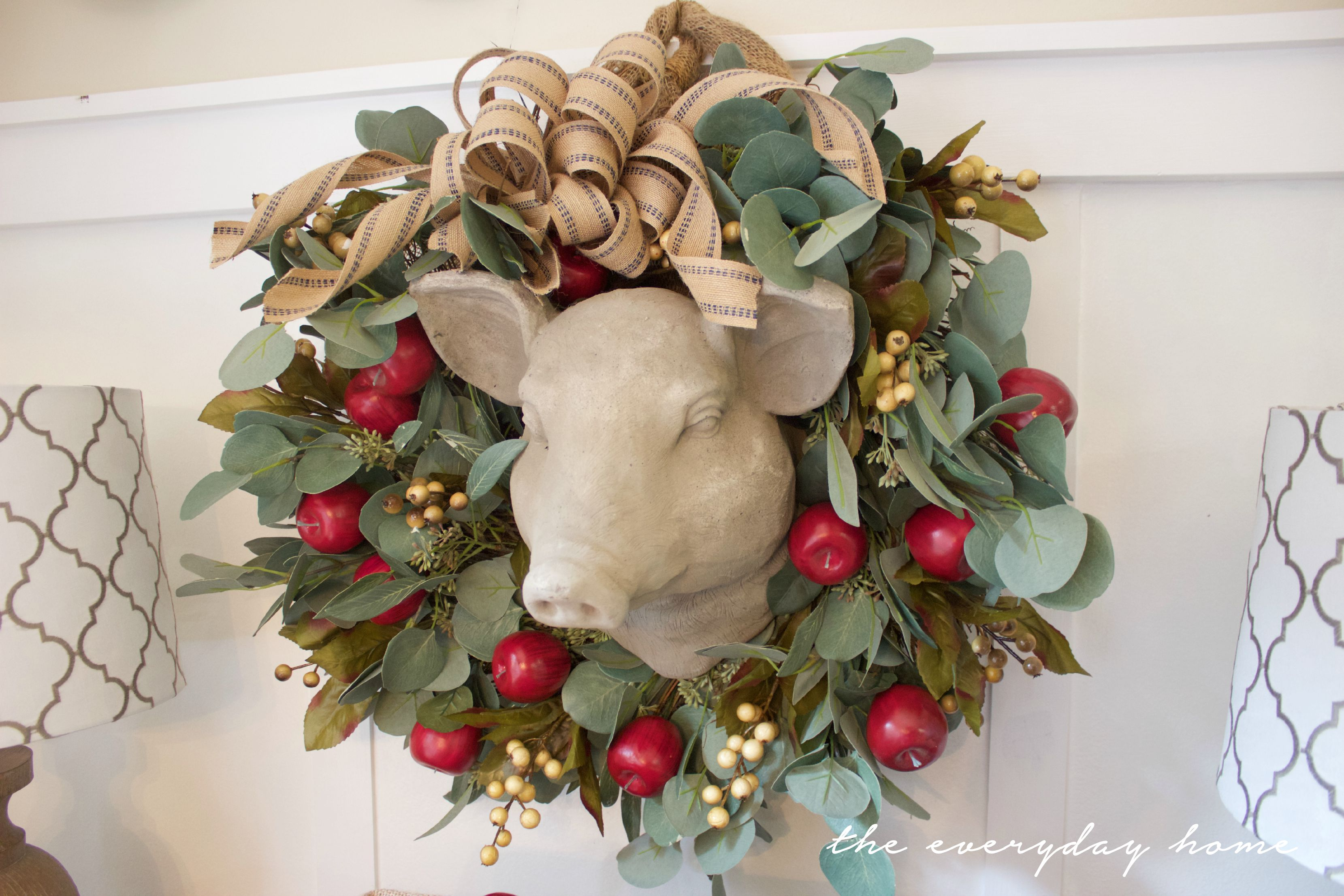 Making an Apple Berry Wreath | The Everyday Home | www.everydayhomeblog.com