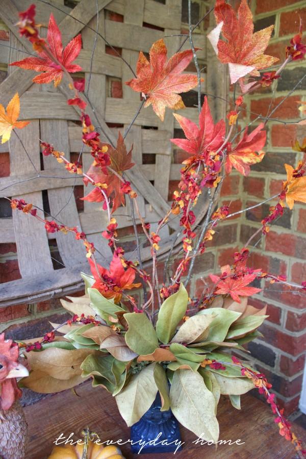 DIY Faux Fall Branches | The Everyday Home | www.everydayhomeblog.com