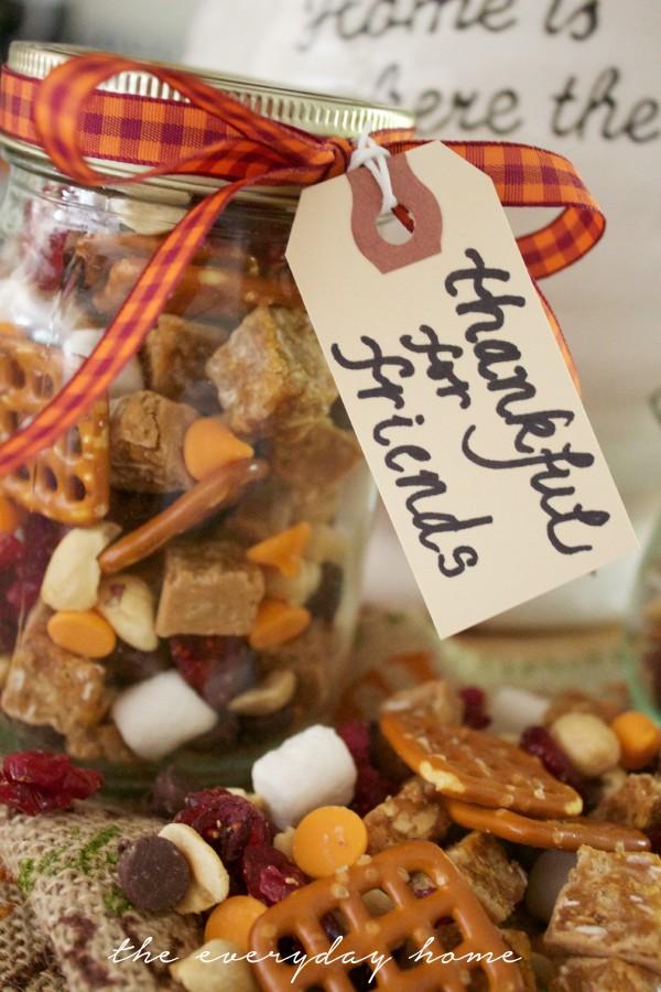 Fall Trail Mix Jar Tag | The Everyday Home | www.everydayhomeblog.com