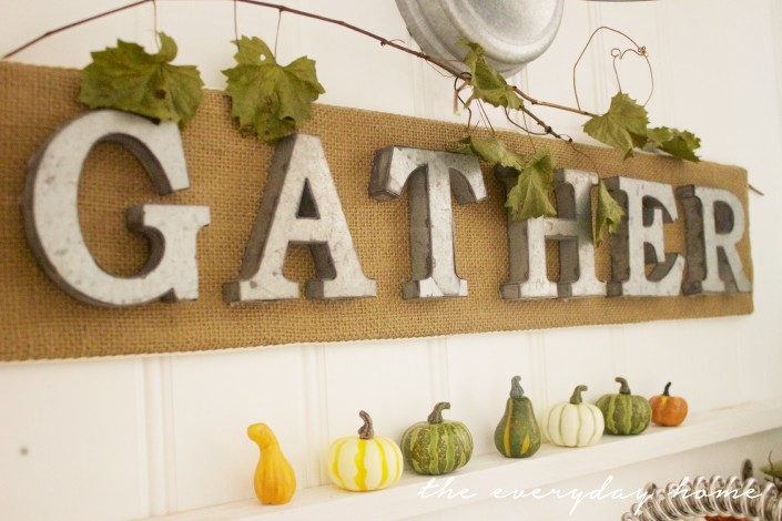 How to Make a Burlap Sign| The Everyday Home| www.everydayhomeblog.com