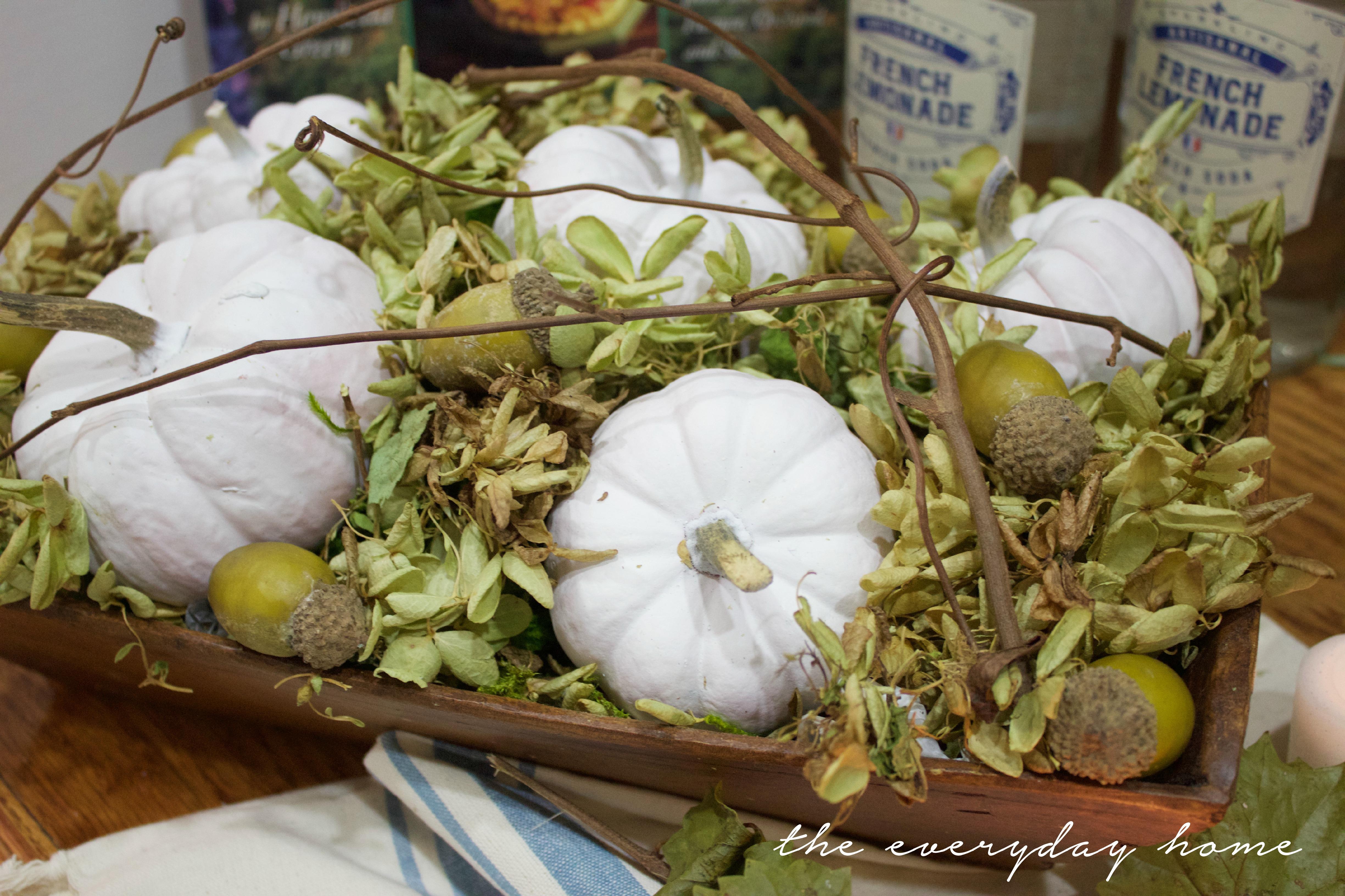 White Pumpkin Farmhouse Dough Bowl | The Everyday Home | www.everydayhomeblog.com