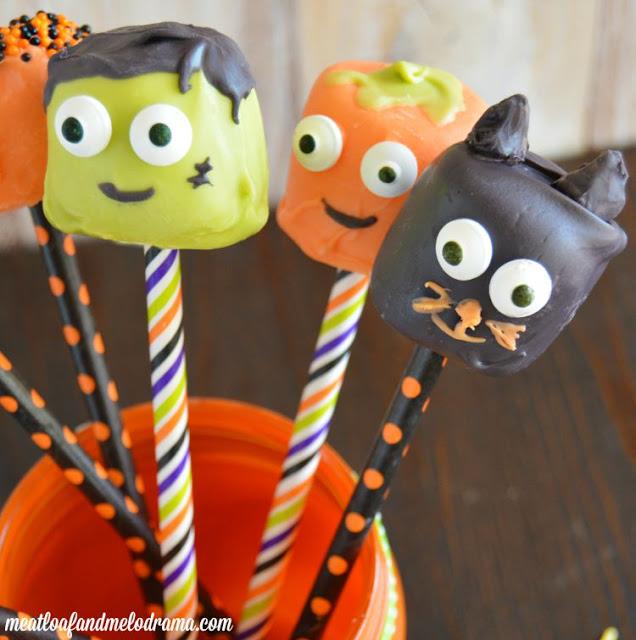 halloween-marshmallow-pops 2