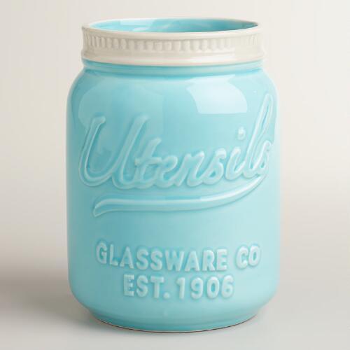 Mason Jar Utensil Holder |Ultimate Gift Guide for Mason Jar Lovers | The Everyday Home