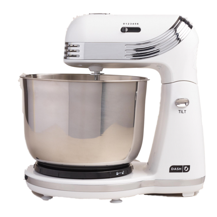 White Dash 'n Go Mixer | The Everyday Home | www.everydayhomeblog.com