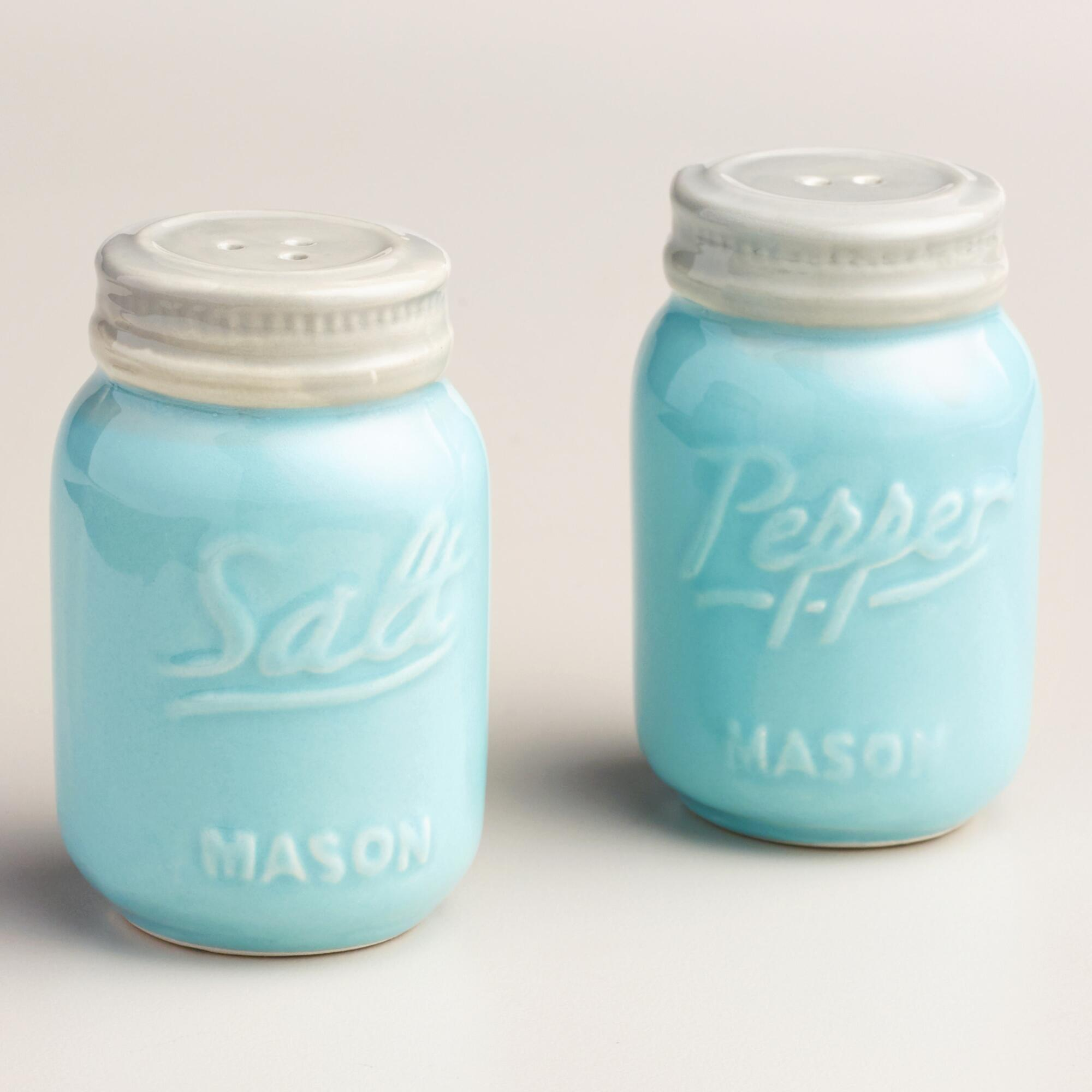 Mason Jar Salt & Pepper Shakers |Ultimate Gift Guide for Mason Jar Lovers | The Everyday Home