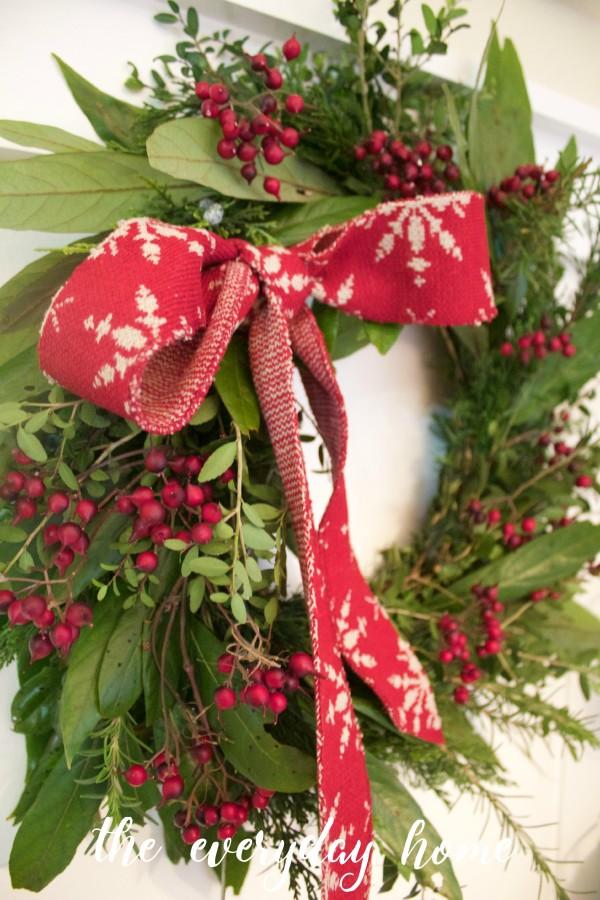 All Natural Everygreen Wreath Tutorial   The Everyday Home   www.everydayhomeblog.com