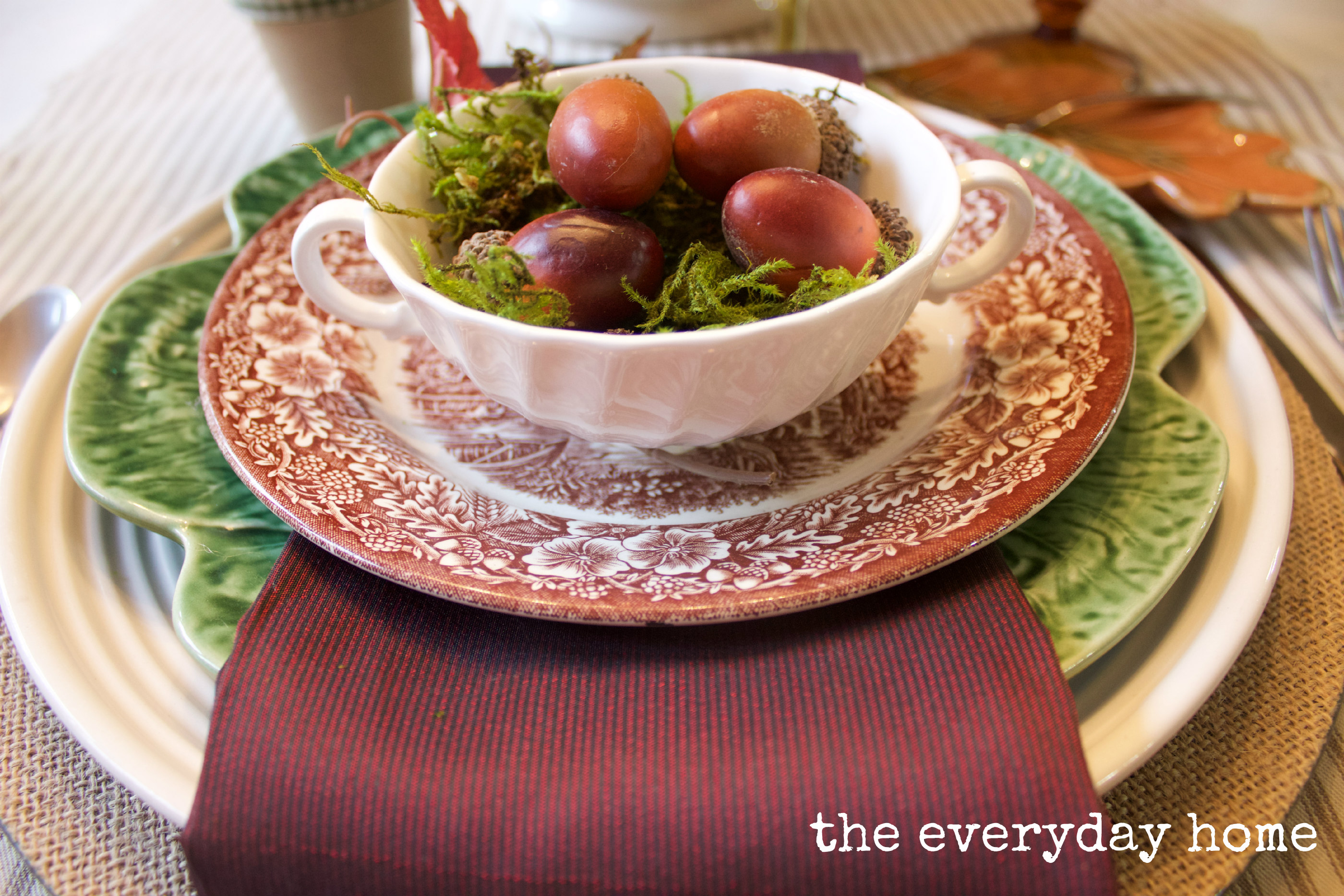 Fall Acorn Placesetting The Everyday Home www.everydayhomeblog.com