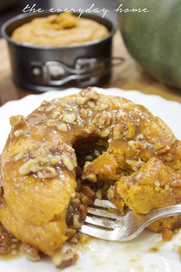 Fall Pumpkin Pudding Cake | The Everyday Home | www.everydayhomeblog.com