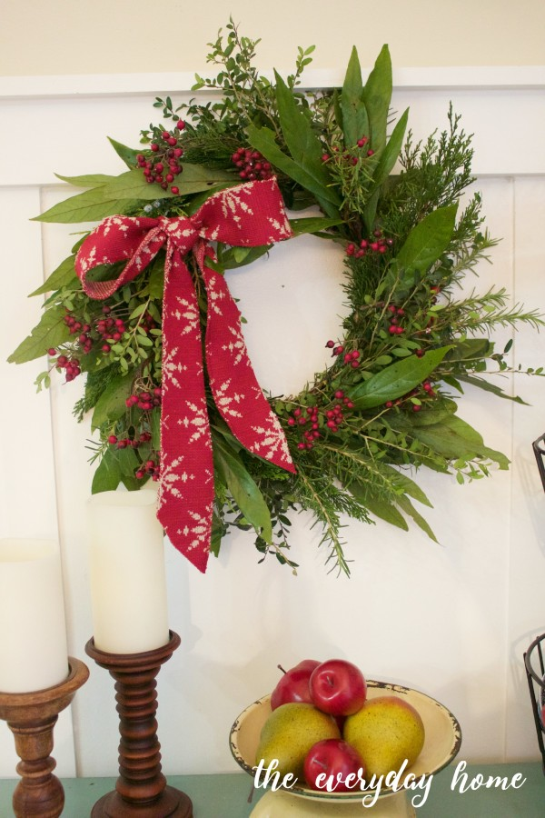 How to Make an Evergreen Wreath   The Everyday Home   www.everydayhomeblog.com