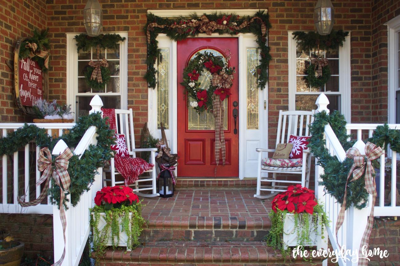 A Farmhouse Style Front Porch | 2015 Christmas Home Tour | The Everyday Home | www.everydayhomeblog.com