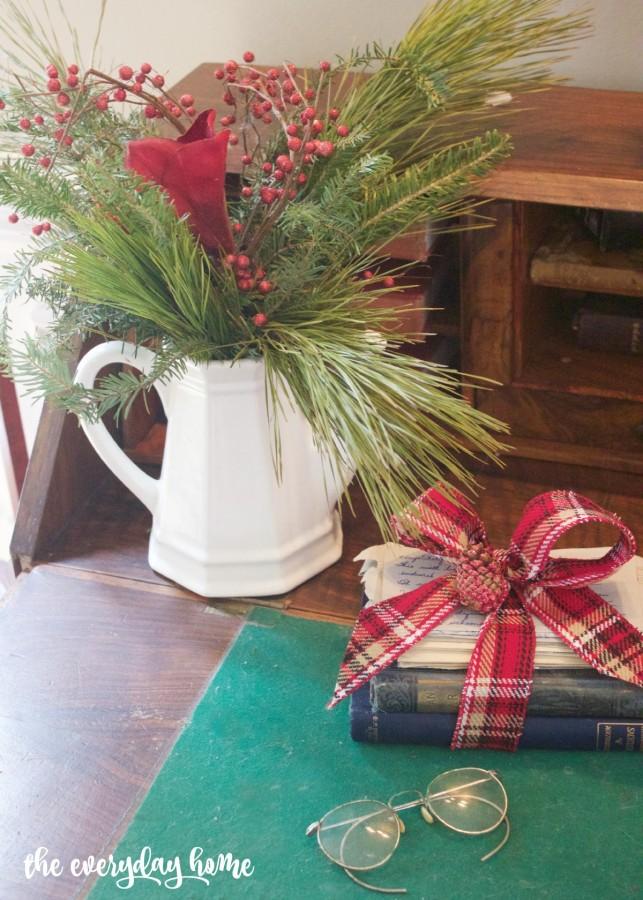Antique Desk Vignette | The Everyday Home | www.everydayhomeblog.com