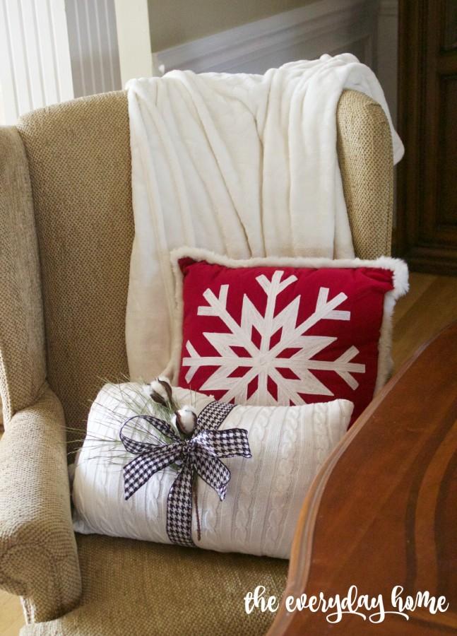Christmas Pillows | 2015 Christmas Dining Room Tour | The Everyday Home | www.everydayhomeblog.com