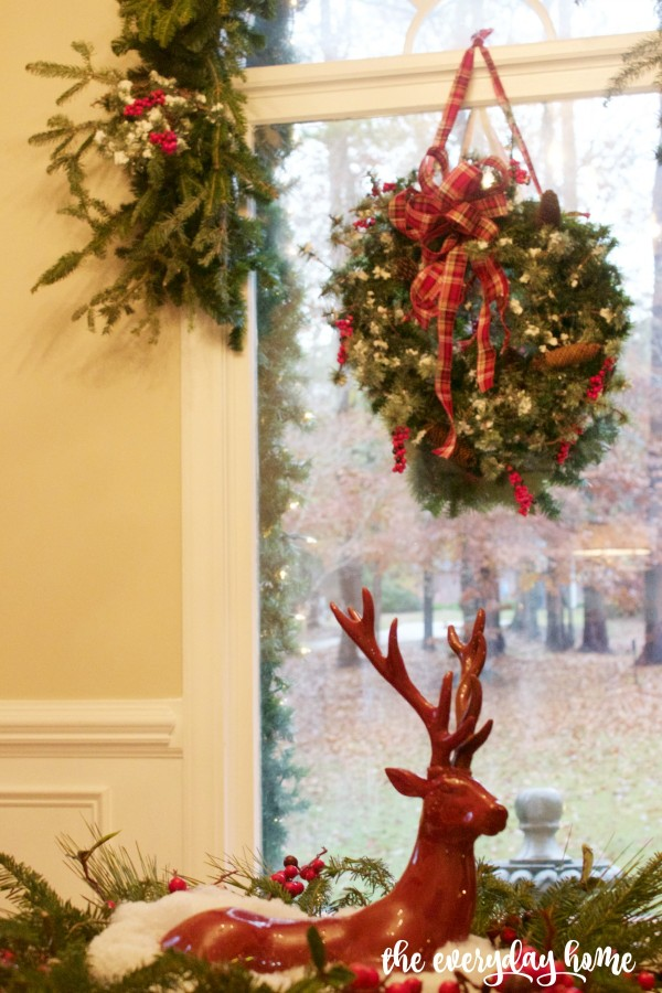 Christmas Wreath in Window | The Everyday Home | www.everydayhomeblog.com.jpg