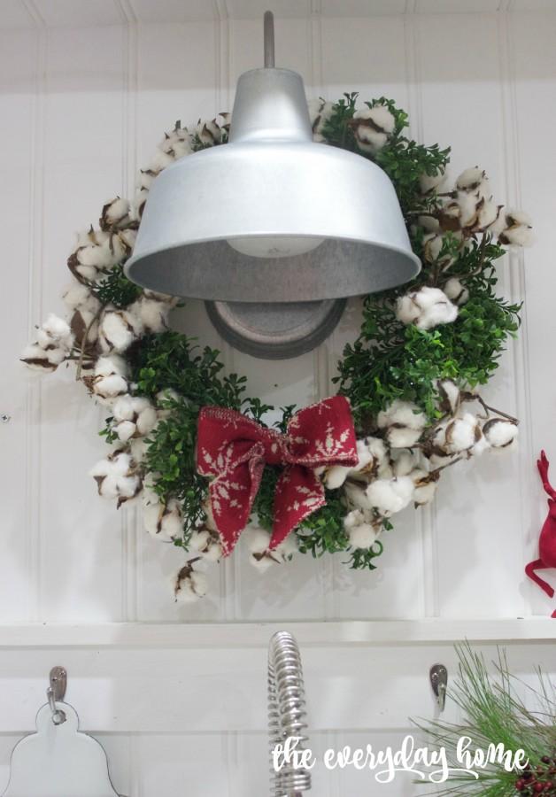Cotton and Boxwood Wreath | 2015 Christmas Home Tour | The Everyday Home | www.everydayhomeblog.com