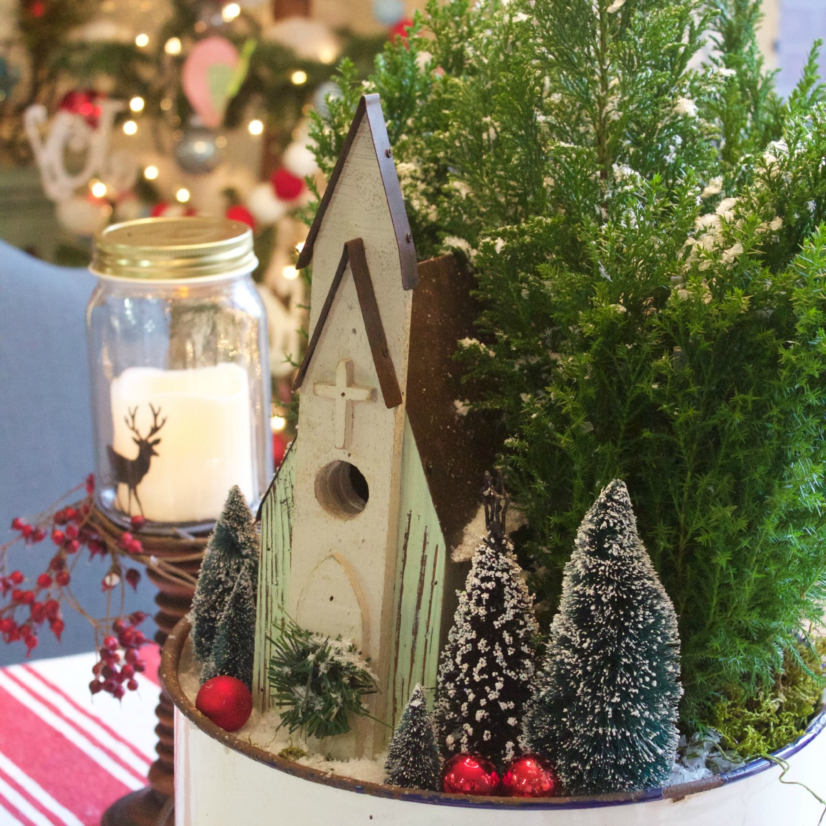 Centerpiece giveaway games christmas