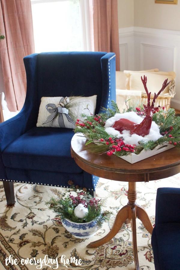 Living Room Navy Chair | The Everyday Home | www.everydayhomeblog.com