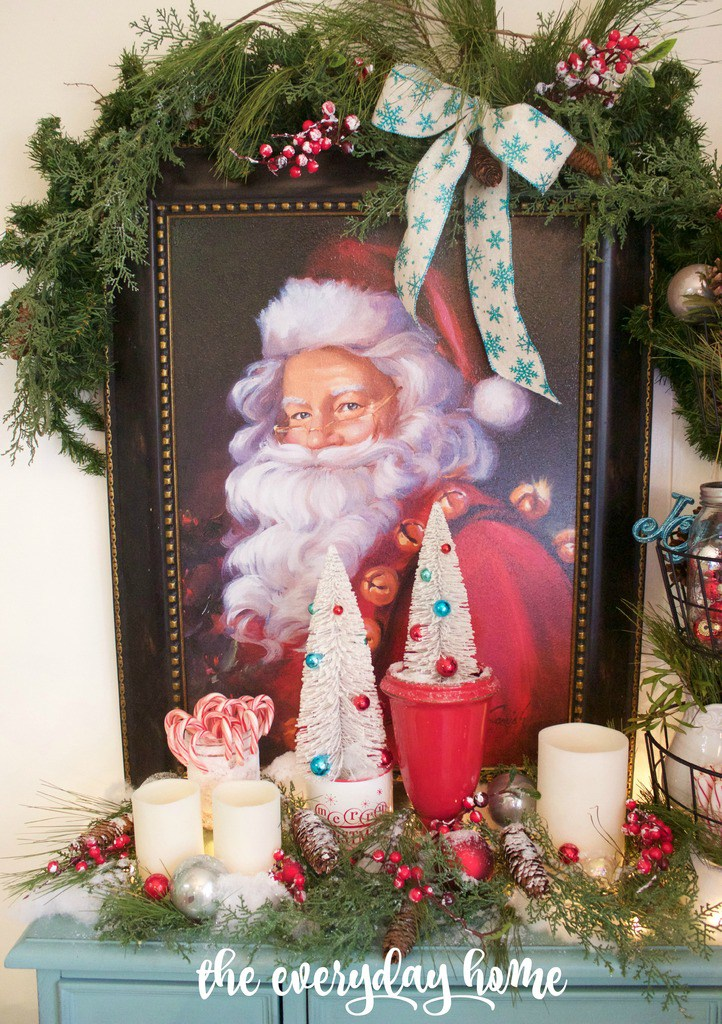 Santa Vignette in Breakfast Room The Everyday Home www.everydayhomeblog.com