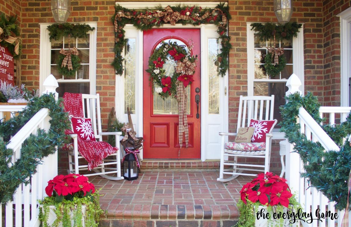 Southern Home Front Porch   2015 Christmas Home Tour   The Everyday Home   www.everydayhomeblog.com