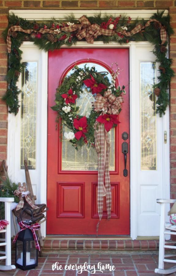 Southern Home Red Door for Christmas   2015 Christmas Home Tour   The Everyday Home   www.everydayhomeblog.com