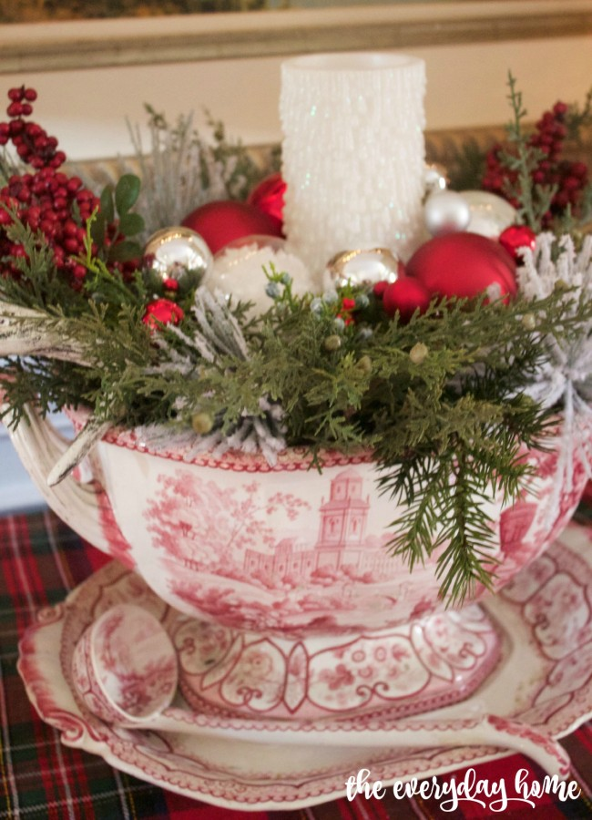 Staffordshire Centerpiece | 2015 Christmas Dining Room Tour | The Everyday Home www.everydayhomeblog.com