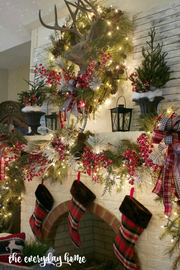 Tartan Christmas Mantel | The Everyday Home | www.everydayhomeblog.com 1200
