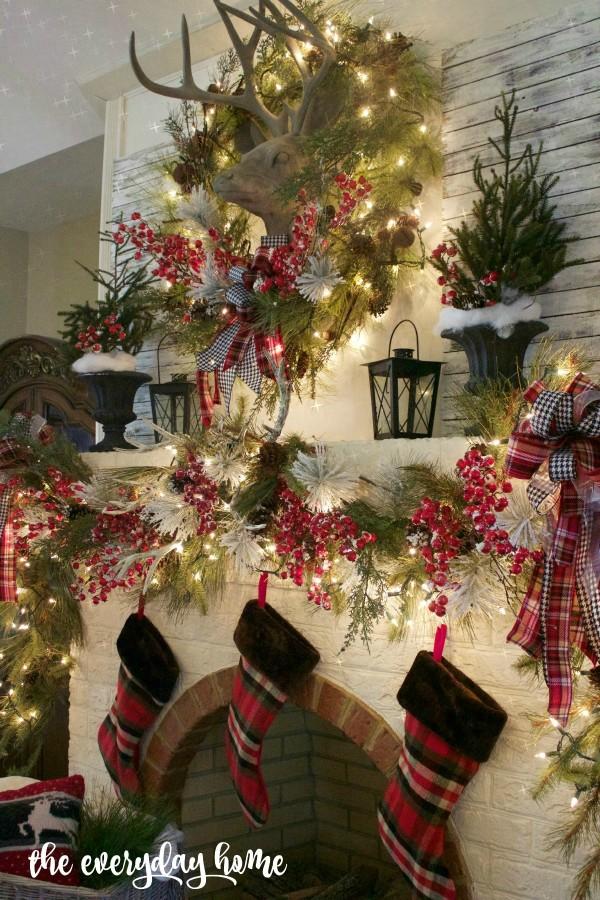 Tartan Christmas Mantel | The Everyday Home | www.everydayhomeblog.com 1200