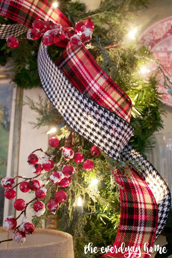 Tartan Plaid and Houndstooth Ribbons and Bows | 2015 Christmas Dining Room Tour | www.everydayhomeblog.com