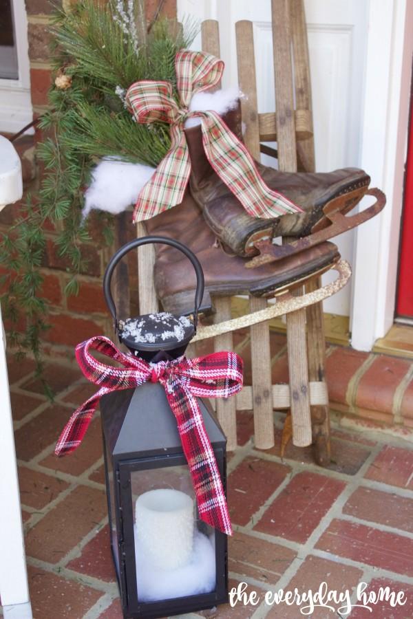Vintage Sled and Skates   2015 Christmas Home Tour   The Everyday Home   www.everydayhomeblog.com