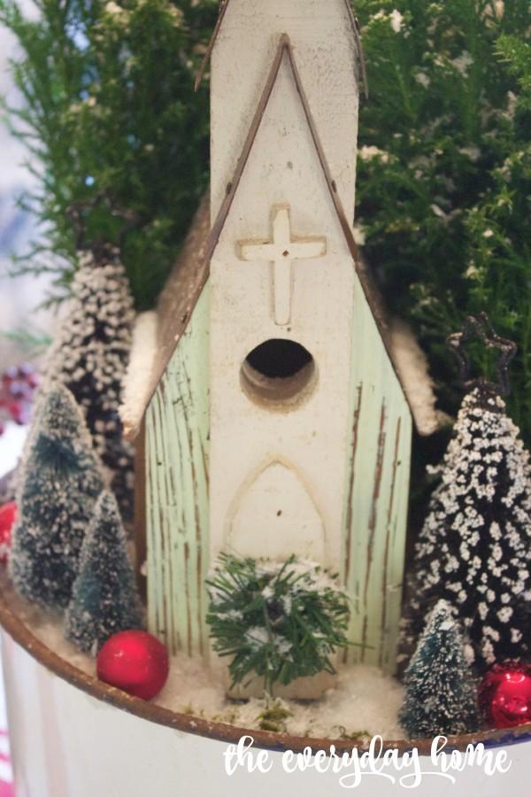 Wood Church Centerpiece | The Everyday Home | www.everydayhomeblog.com
