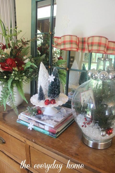 Make a Christmas Lamp | The Everyday Home