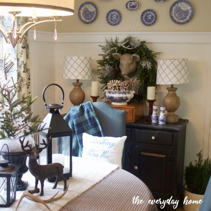 Cozy Winter Breakfast Room | The Everyday Home
