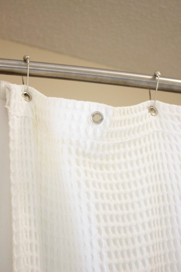 shower curtain rings | The Everyday Home