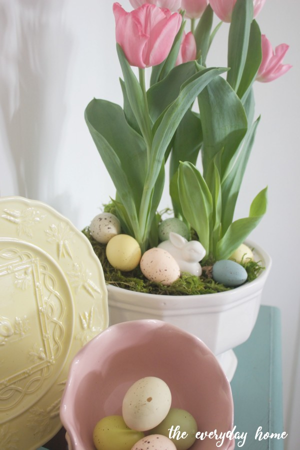 Pink Tulips Spring Vignette | The Everyday Home