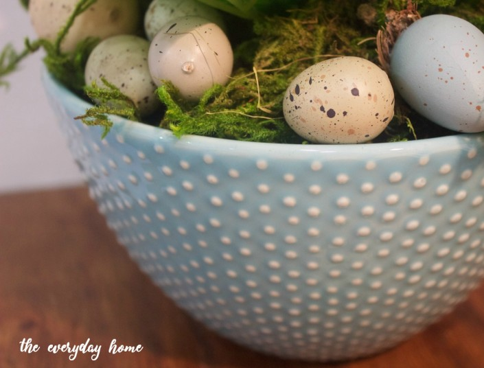Blue Farmhouse Bowl | The Everyday Home | www.everydayhomeblog.com